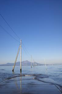 長部田海床路の写真素材 [FYI04826099]