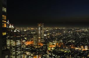 都庁展望室から見る街の灯りの写真素材 [FYI04826406]