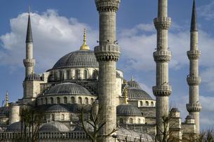 トルコ・イスタンブールの世界遺産ブルーモスクの写真素材 [FYI04828334]