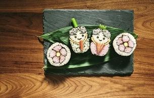 桃の節句 祭り寿司 盛り付けの写真素材 [FYI04828383]