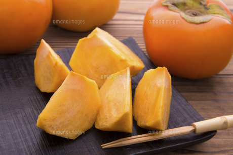 富有柿の写真素材 [FYI04828537]
