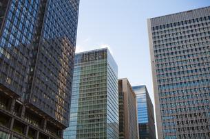 東京丸の内のビル群の写真素材 [FYI04832481]
