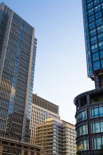 東京丸の内のビル群の写真素材 [FYI04832489]