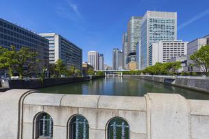 淀屋橋から見る風景の写真素材 [FYI04833608]