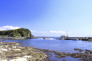 神奈川県 毘沙門漁港の写真素材 [FYI04834130]