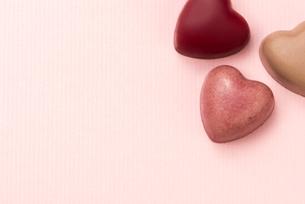 ハート型のチョコレートの写真素材 [FYI04834537]