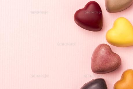ハート型のチョコレートの写真素材 [FYI04834538]
