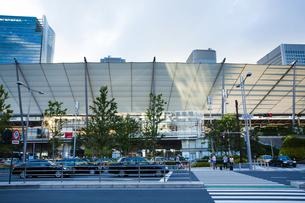 東京駅八重洲口グランルーフの写真素材 [FYI04834632]