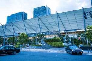 東京駅八重洲口グランルーフの写真素材 [FYI04834648]
