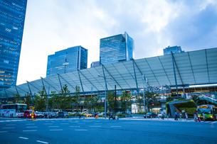 東京駅八重洲口グランルーフの写真素材 [FYI04834650]