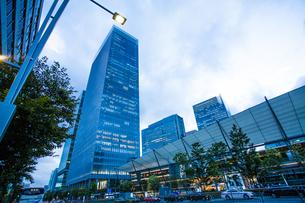 東京駅八重洲口グランルーフの写真素材 [FYI04834659]