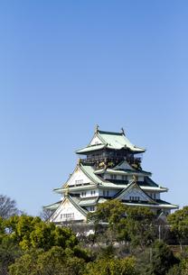 大阪城と青空の写真素材 [FYI04836525]