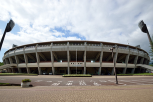 福島県営あづま球場の写真素材 [FYI04839251]