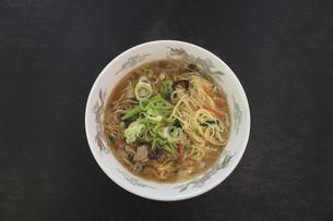 酸辣湯麺の写真素材 [FYI04840029]