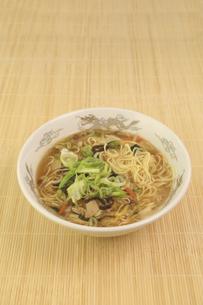 酸辣湯麺の写真素材 [FYI04840030]
