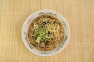 酸辣湯麺の写真素材 [FYI04840031]
