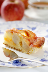 アップルパイケーキの写真素材 [FYI04840436]