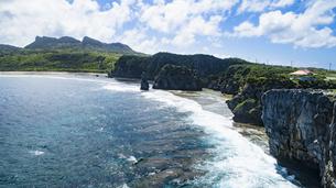 上空から眺める辺戸岬の写真素材 [FYI04842272]