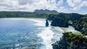 上空から眺める辺戸岬の写真素材 [FYI04842278]