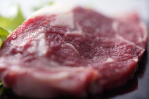 和牛赤身ステーキの写真素材 [FYI04842610]