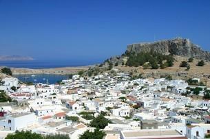 リンドスのアクロポリス in ロードス島・ギリシャの写真素材 [FYI04842669]