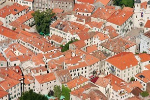 モンテネグロの世界遺産コトル旧市街の写真素材 [FYI04842675]