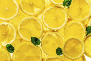 Sliced lemons. for background.Top view.の写真素材 [FYI04843337]