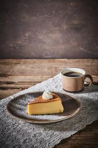 スフレチーズケーキの写真素材 [FYI04843513]