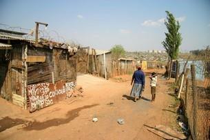 南アフリカ最大のタウンシップ・ソウェトの写真素材 [FYI04845582]