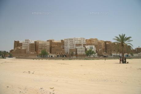 砂漠の摩天楼シバームの旧城壁都市の写真素材 [FYI04845589]