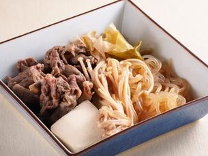 肉豆腐の写真素材 [FYI04846022]