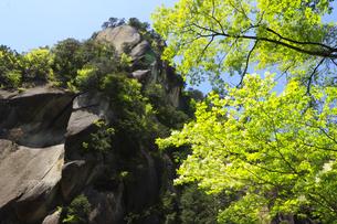 全国観光地百選のひとつ昇仙峡の覚円峰  名水百選の昇仙峡 名水100選の昇仙峡の写真素材 [FYI04846867]