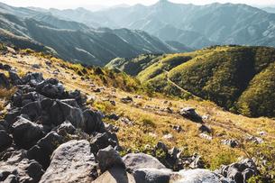 【自然風景】四国カルスト 岩石の写真素材 [FYI04847318]