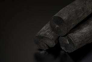 備長炭の写真素材 [FYI04847682]