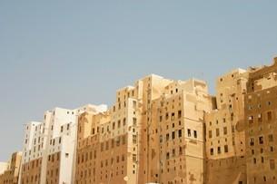 砂漠の摩天楼シバームの旧城壁都市の写真素材 [FYI04848214]