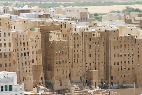 砂漠の摩天楼シバームの旧城壁都市の写真素材 [FYI04848215]