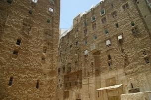 砂漠の摩天楼シバームの旧城壁都市の写真素材 [FYI04848216]