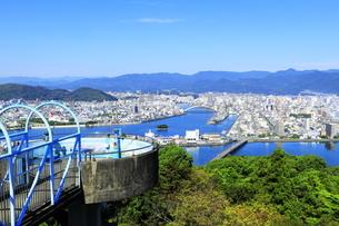 五台山展望台からの高知市街の写真素材 [FYI04848288]