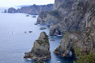 2月 三陸海岸の北山崎の断崖絶壁の写真素材 [FYI04849377]