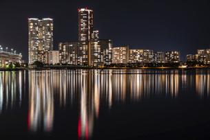 福岡アイランドシティの夜景の写真素材 [FYI04849399]