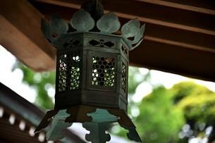 吊り灯篭の写真素材 [FYI04851457]