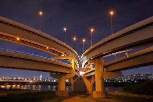 江北ジャンクションの夜景の写真素材 [FYI04852209]