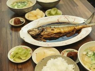 サバヒー(虱目魚)の煮魚の写真素材 [FYI04853195]