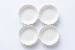 白い小皿の写真素材 [FYI04853859]