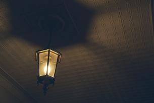 北海道庁赤れんがの照明の写真素材 [FYI04854016]