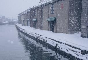 冬の小樽運河の写真素材 [FYI04854027]
