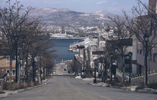 函館八幡坂の写真素材 [FYI04854034]