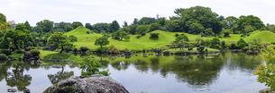 水前寺公園こと水前寺成趣園(熊本県熊本市中央区)の写真素材 [FYI04854324]
