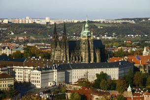 <ヨーロッパ>チェコ・プラハ城と聖ヴィート大聖堂の写真素材 [FYI04854931]