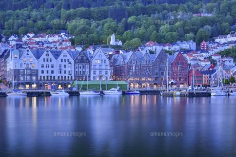 ノルウェー ブリッゲンの街並みの写真素材 [FYI04855322]
